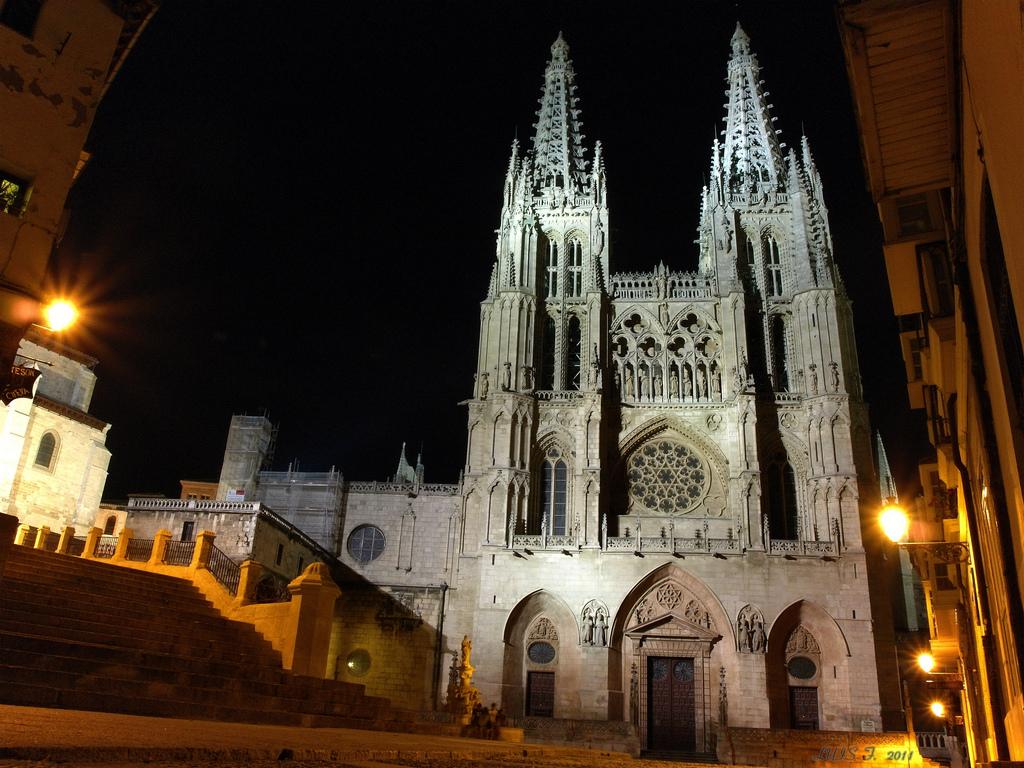 Catedral de Burgos noche
